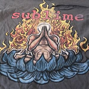 Tops - Distressed vintage sublime band tee